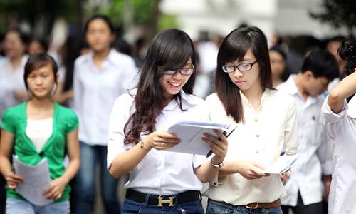Trường sẽ miễn học phí năm đầu đối với sinh viên có điểm từ 27 trở lên