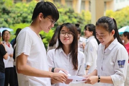 Dự đoán phổ điểm và điểm chuẩn các trường Đại học ở TPHCM năm 2018