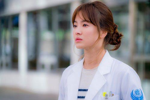 Vì sao gái ngành Y ế nhiều hơn gái ngành Dược?