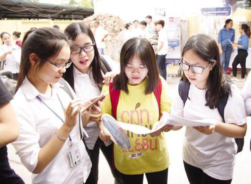 Kỷ luật cảnh cáo cán bộ để lộ điểm thi THPT quốc gia 2018