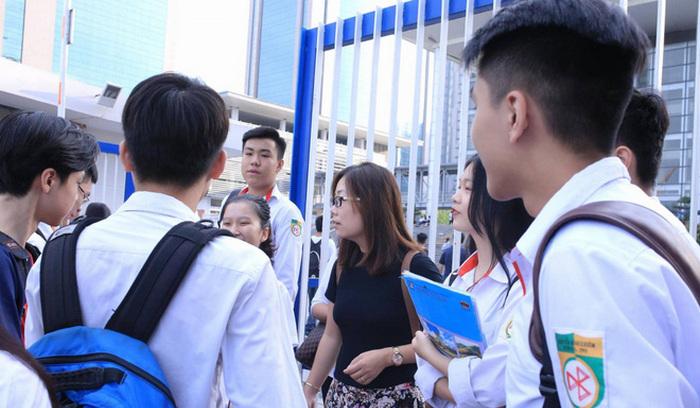 Cập nhật: Nhiều trường ở TP.HCM xét tuyển chỉ tiêu bổ sung bằng học bạ THPT