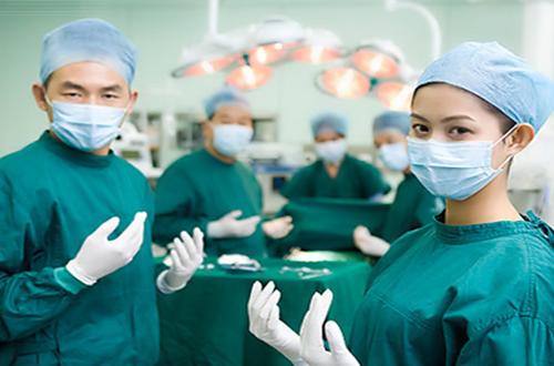 Tai biến y khoa: Bác sĩ cũng cần được bảo vệ!