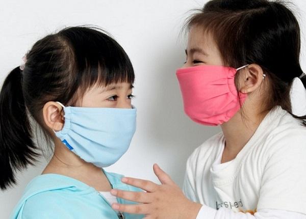 Cách phòng bệnh đường hô hấp cho trẻ khi giao mùa