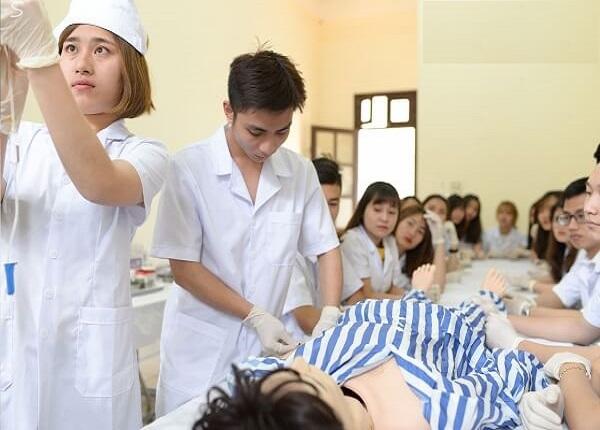 Sinh viên ngành Y được cấp chứng chỉ hành nghề tạm thời?