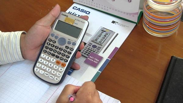Những loại máy tính được mang vào phòng thi