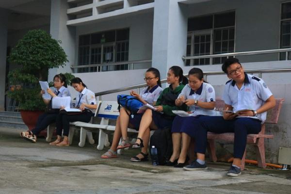 Các thí sinh dự thi THPT quốc gia 2019