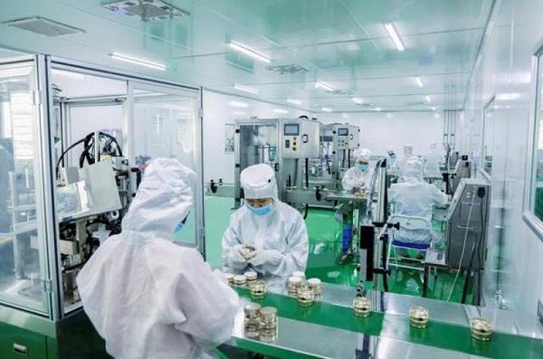 Trải nghiệm thực tế tìm hiểu quy trình sản xuất tại các công ty dược