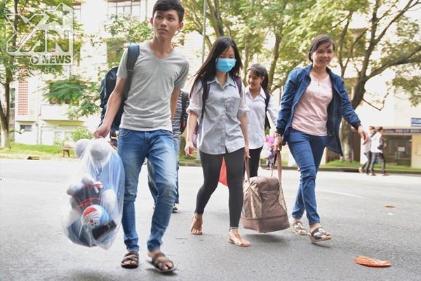 Cảnh báo 5 chiêu trò lừa đảo tân sinh viên hay gặp trên thành phố